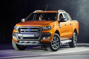 Ford Ranger Pickup : ford challenges the conventional world of pickup trucks ~ Kayakingforconservation.com Haus und Dekorationen