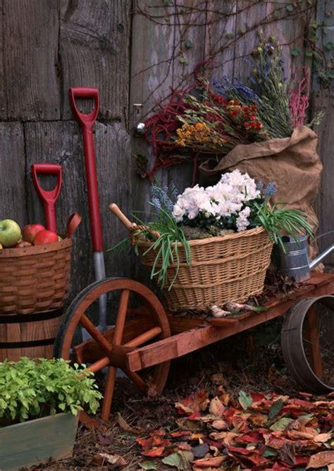 Outdoor Decorations Ideas 2015 by 22 Unique Yard Decorations Transforming Backyard Designs
