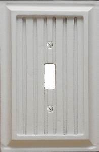 Plaque Décorative Murale : atron plaque murale d corative interrupteur bois lambris blanc home depot canada ~ Preciouscoupons.com Idées de Décoration