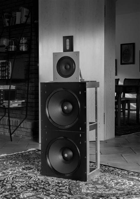 Wolf von Langa AUDIO FRAME X, DIPOLE ONE | Speakers in