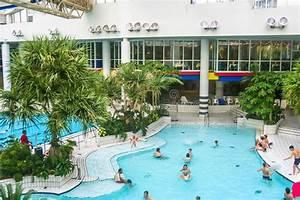 Swimmingpool Preise Deutschland : swimmingpool in titus thermen in frankfurt am main redaktionelles bild bild von eignung ~ Sanjose-hotels-ca.com Haus und Dekorationen