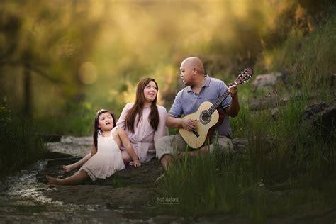 Beautiful and natural family photoshoot of Kath John and ...