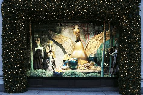 extravagant christmas windows ferrari interiors
