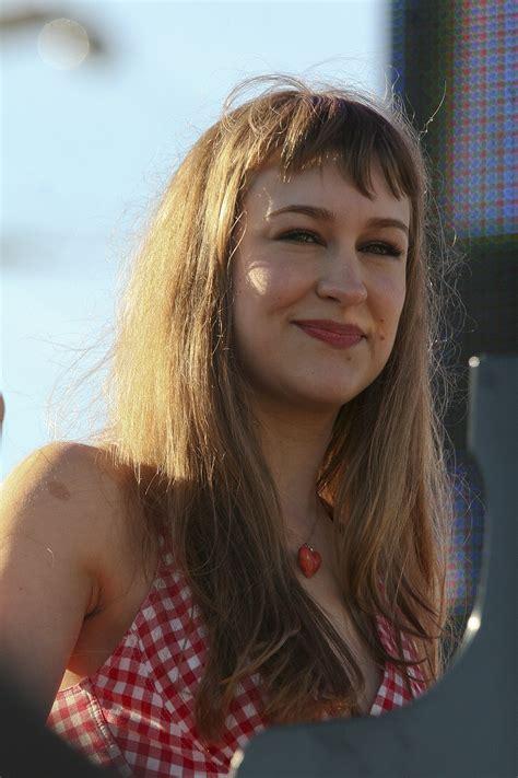 Pictures Joanna Newsom Celebrities