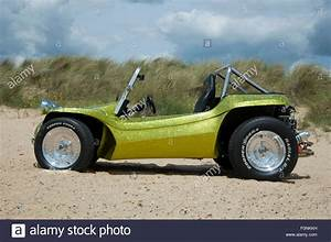 Buggy Selber Bauen : beach buggy on a sandy beach vw beetle based dune buggy car stock photo 86528277 alamy ~ Eleganceandgraceweddings.com Haus und Dekorationen
