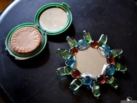 pop tab baubles mirror recycle     mirror