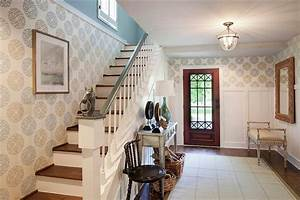 25 gorgeous entryways clad in wallpaper for Entryway designs for homes