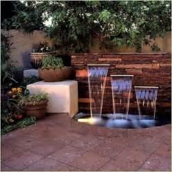brunnen design 25 ideen für gartenbrunnen und springbrunnen tipps für materialauswahl