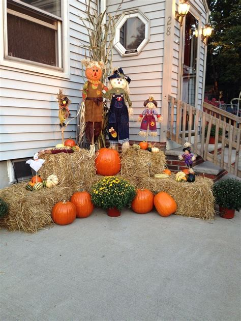 Decorating Ideas For Fall Outside by Garden Fall Decorations Search Holidays Ideas