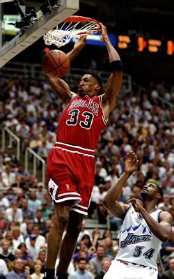 scottie pippens greatest moments late steal put bulls