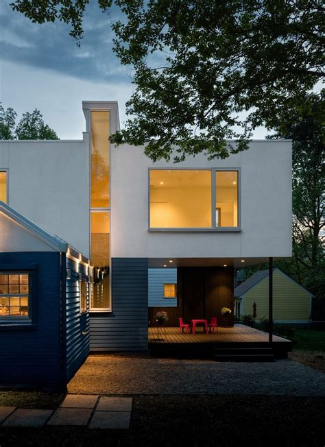 contemporary box shaped extension   bungalow home