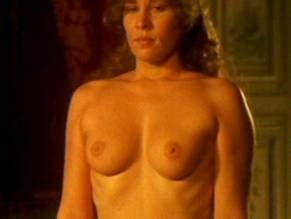 Seigner  nackt Mathilde Mary Pierce