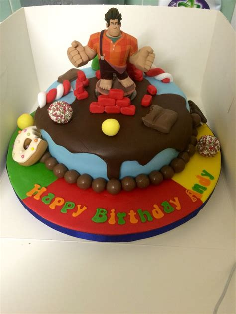 wreck it ralph cake toppers 17 best images about д ральф on