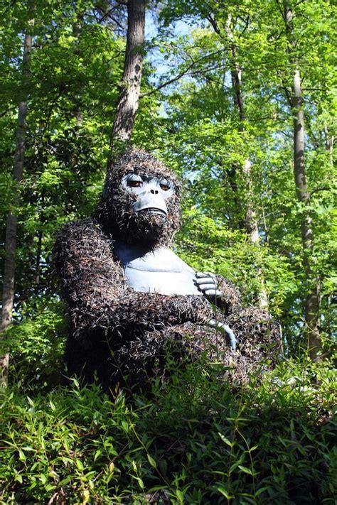 incredible giant living sculptures  atlanta botanical