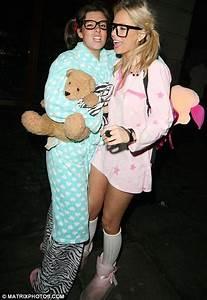 Pyjama Party Outfit : pretty in pink soap stars jennifer metcalfe and michelle keegan brave the cold to attend ~ Eleganceandgraceweddings.com Haus und Dekorationen