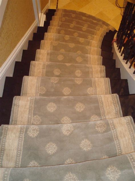 custom stairs wool carpet  attached border