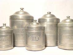 pots a epices anciens anciens pots 224 epices en fa 239 ence de grigny apothecary jars spice jars and vintage