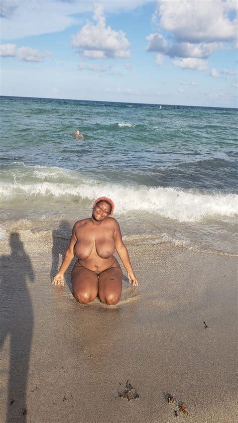 Nude Beach Shesfreaky