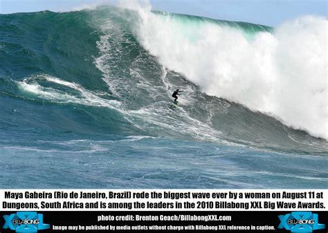Maya Gabeira Surfs Biggest Wave Ever By A Woman Stomp