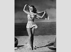 THE 40's IN FASHION PHOTOGRAPHY IDEALIST STYLE