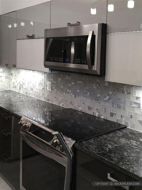 White Glass Metal MODERN BACKSPLASH TILE for Contemporary