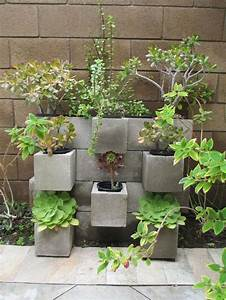 cinder block garden ideas car interior design With modele de rocaille pour jardin 18 bordure de jardin en pierre naturelle