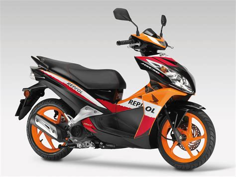Honda Vario 150 Backgrounds by Ngarep Jika Next Vario 150 Seperti Honda Nsc50r D