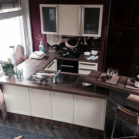 Moderne Kompaktküche In U-form