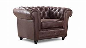 Fauteuil Club Tissu : fauteuil chesterfield en tissu design liverpool mobilier moss ~ Teatrodelosmanantiales.com Idées de Décoration