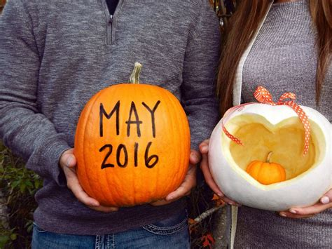 delightful halloween pregnancy announcement ideas