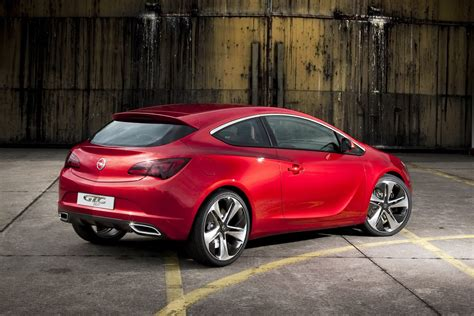 Opel Gtc by Opel Astra Gtc Pictures And Info Autotribute