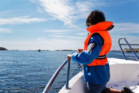 Boat Safety Requirements Georgia by Georgia Life Jacket Law For Children New For 2013 A