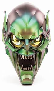 """Willem Dafoe """"Green Goblin"""" hero mask from Spider-Man and Sp"""