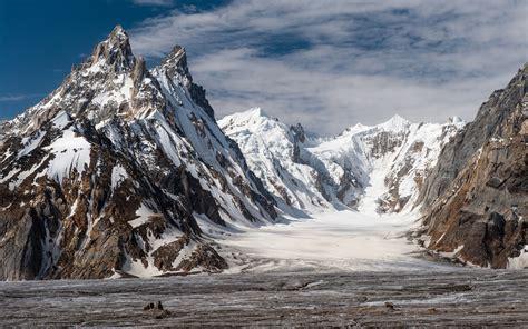 biafo glacier pakistan    mountains