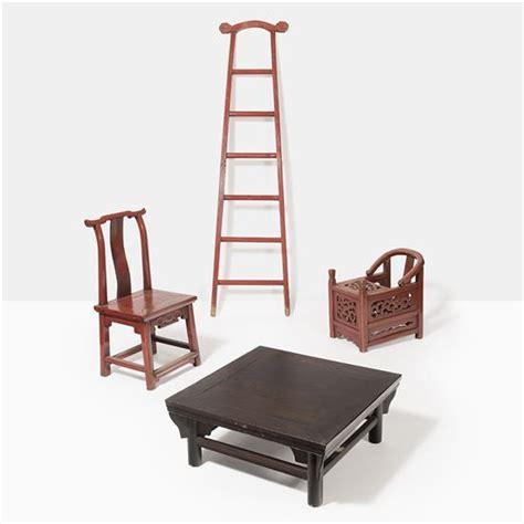 refaire l assise d une chaise ensemble compos 233 d une 233 chelle portant en bois laqu 233
