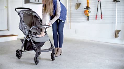 Mini Chicco by Chicco Mini Bravo Plus Lightweight Stroller