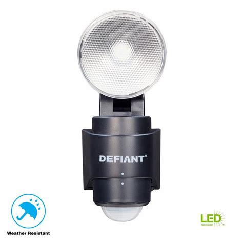 defiant 180 degree 1 head black led motion sensing battery