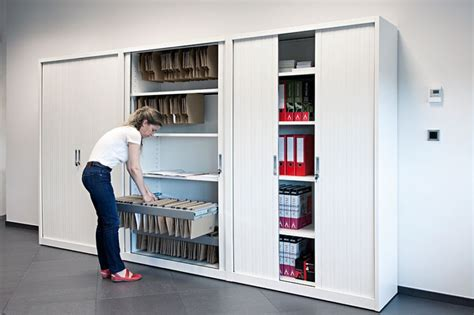 armario de puerta de persiana