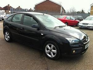 Ford Focus 2006 : used 2006 ford focus hatchback black edition 1 6 zetec 5dr ~ Melissatoandfro.com Idées de Décoration