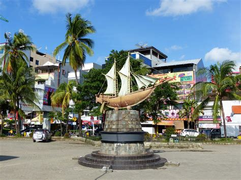 Makassar Our First Time In Indonesia Travel Badger