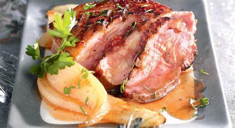 cuisiner un magret de canard magret de canard au miel et aux poires recette