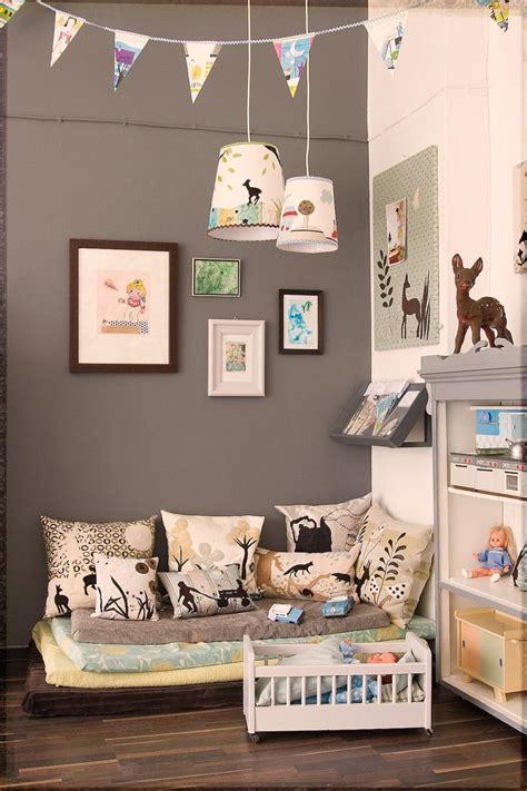 mur chambre enfant mur fonce dans chambre enfant