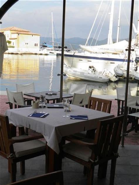 le bureau bruay le bateau ivre cupecoy bay restaurant reviews phone