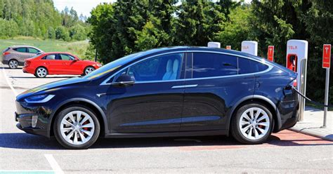 New report says electric cars will dramatically improve ...