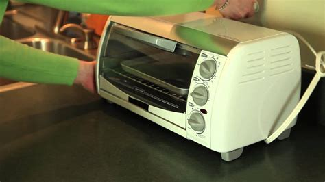 safest toaster oven how to use a toaster oven safely cleanliness safety
