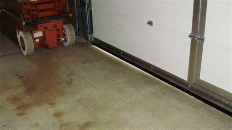 Door Sweeps & Frost King 36-in Interior Door Sweep
