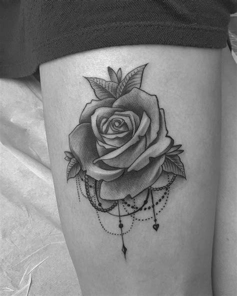 Pin by Nichele Musgrove on tattoos!! | Flower tattoos, Rose tattoos, Tattoos