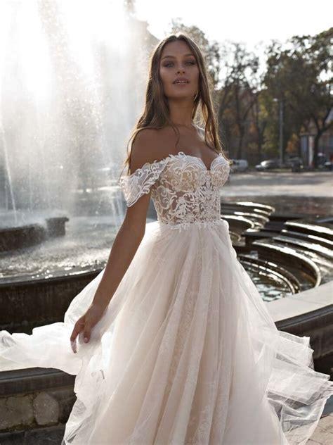 Eine der wichtigsten entscheidungen bei den vorbereitungen auf die hochzeit ist die wahl des brautkleids. Liri Bridal - Style Melody