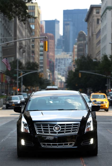 cadillac xts  livery package top speed