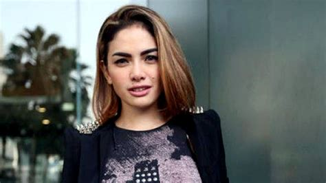 Merasa Jakarta Panas Nikita Mirzani Jarang Pakai Bra
